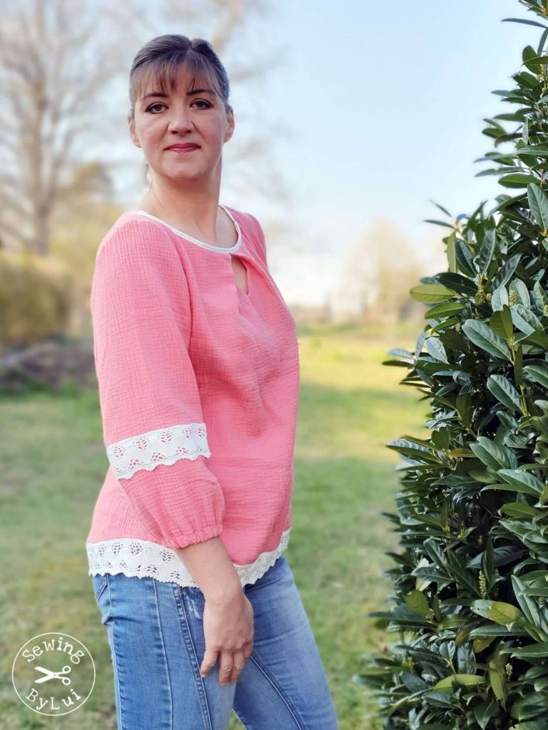 rosa-bluse-drei-viertel-ärmel